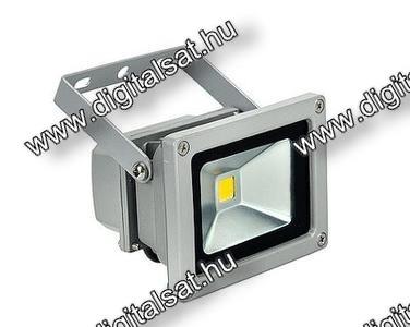LED reflektor 10W hideg fehér 1100 lumen IP65 2 év garancia MAGYARORSZÁGON összeszerelt termék
