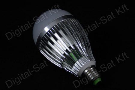 E27 LED 12W izzó 1560 Lumen meleg fehér 2 év garancia