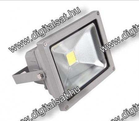 30W LED reflektor 3800lm hideg fehér IP65 2 év garancia MAGYARORSZÁGON összeszerelt termék