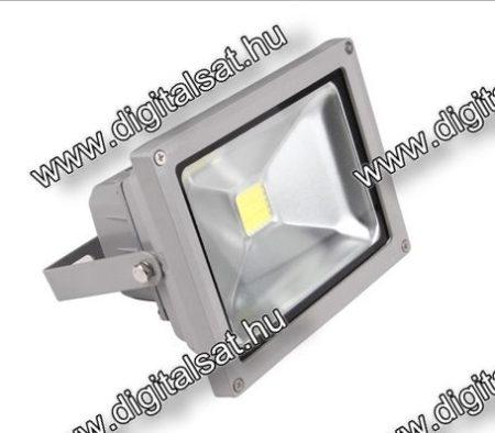 30W LED reflektor 3800lm hideg fehér IP65 1 év garancia MAGYARORSZÁGON összeszerelt termék Mozgásérzékelővel