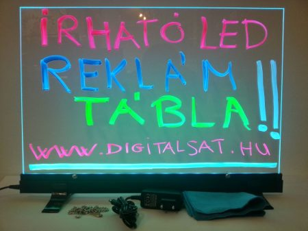 Írható világító LED tábla  60X40 cm, fekete, üveg előlappal