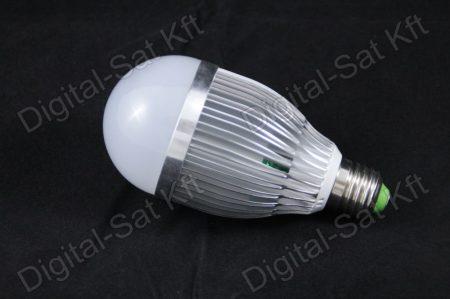 E27 LED 9W izzó 1170 Lumen hideg fehér 1 év garancia