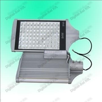 84W utcai LED lámpa 10920 Lumen IP65 2 ÉV garancia