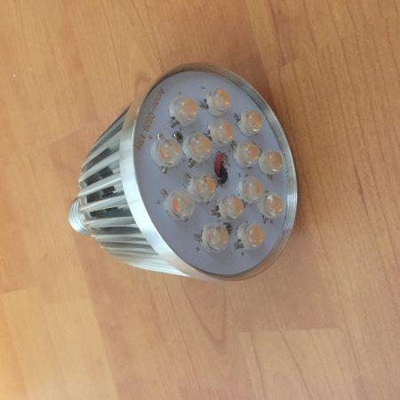 15W LED lámpa PAR38 E27 FULL SPEKTRUM 400-840NM