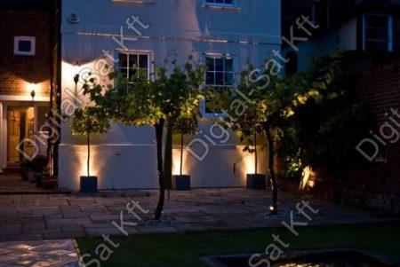 Varuna 12W LED taposólámpa, süllyesztett, kültéri IP67, járda, tér, kert világítás