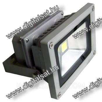 10W LED reflektor 3000K meleg fehér 2 év garancia MAGYARORSZÁGON összeszerelt termék